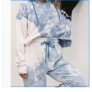 L space south swell tie dye cropped hoodie L